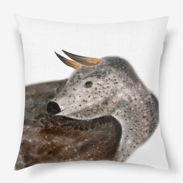 Подушка «Серый пятнистый бык»