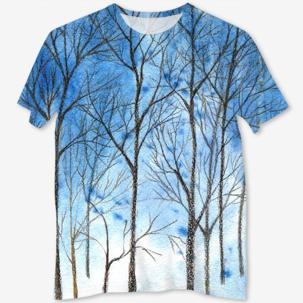 Футболка с полной запечаткой «силуэты деревьев на фоне синего неба, голые деревья»