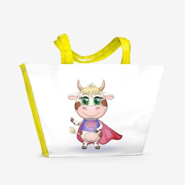 Пляжная сумка «Бык, символ 2021 года, корова супер-герой спешит на помощь»