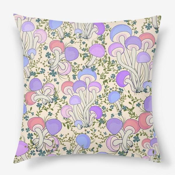 Подушка «Волшебные грибы в траве.»
