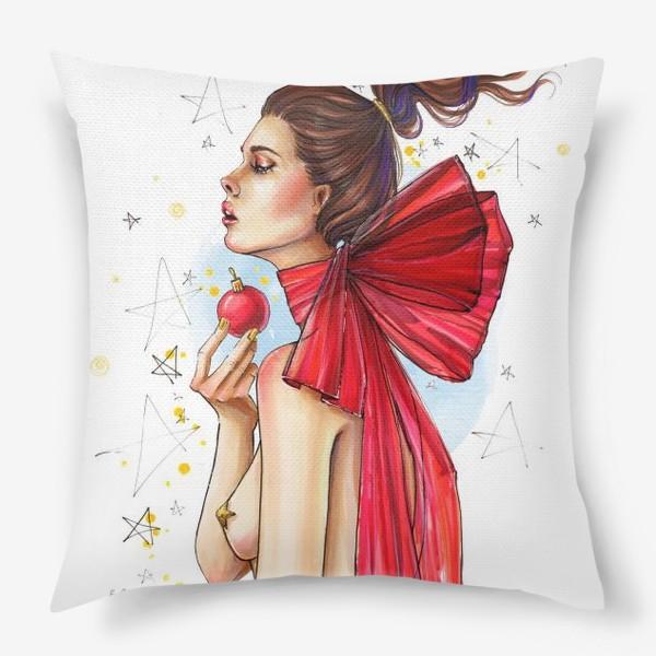 Подушка «Новогодняя дева с елочным шаром »