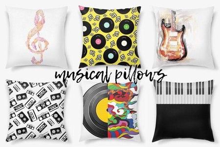 25 декоративных подушек в подарок любителю музыки